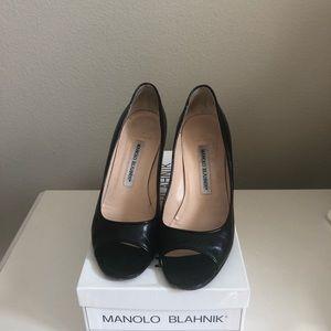 Manolo Blahnik peep toe heels size 37.5